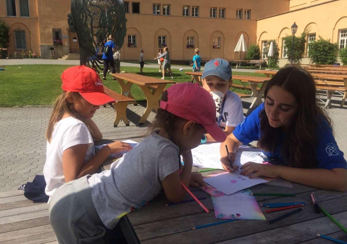 Junior Day Camp (English / German)
